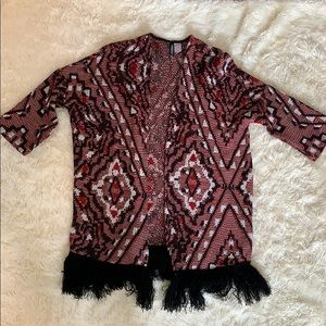 Knitted cardigan with fringe